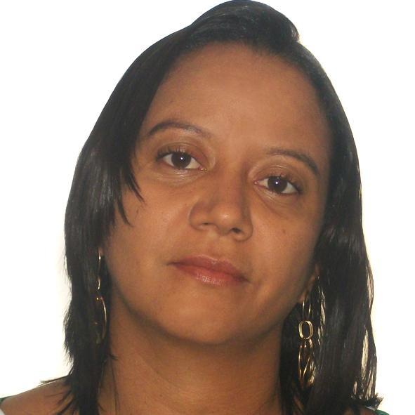 Raquel Pereira Fonseca Crispiniano, PMP