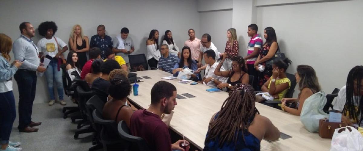 """PMI Bahia Chapter realiza oficina no lançamento do Projeto """"Rota do bem"""", da UNIFACS"""